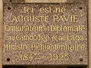 plaque commemorative auguste pavie dinan