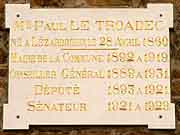 plaque commemorative paul le troadec lezardrieux